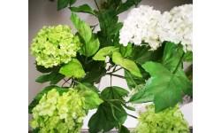 Rama de Viburnum. Flor artificial